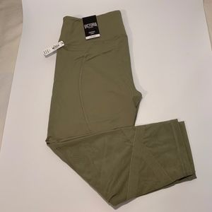 VS Victoria Sport Knockout Khaki Leggings Size L